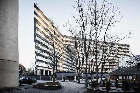 Kod utvärderar eget projekt genom lägenhetsköp