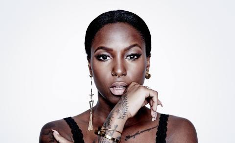 Sveriges nye R&B/soul-stjerne drager på turné, der rammer VEGA