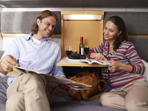 Nu kan du köpa öl och vin på nattåget igen