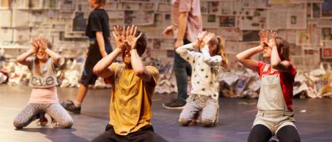 Skånes Dansteater söker tjejer 8-11 år som älskar att dansa till föreställning i höst