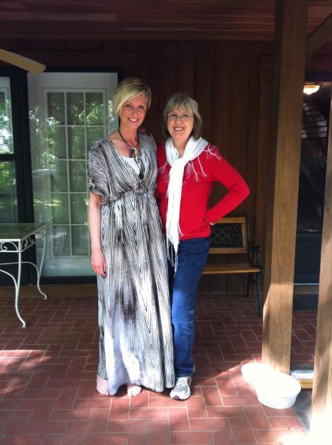 Legendariska Lea Jane Berinati och Jessica Falk, i Nashville