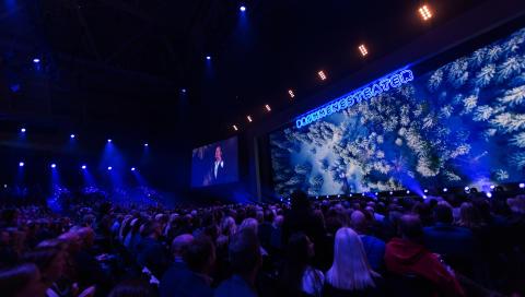 SAMLADE NESTEN 3000 TILL PERSONALKONFERENS: Petter Stordalen invigde Vinterkonferensen 2018 i Tele2 Arena.