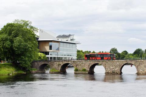 Gamla stenbron och Karlstad