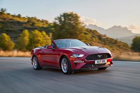 Ford oznámil ceny nového Mustangu pro Českou republiku!
