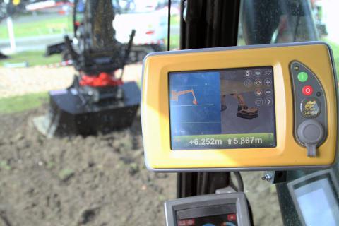 Rototilt Positioning Solution med Topcon grävsystem