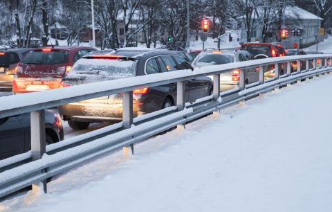 """Lakiuudistus on moninkertaistanut kiinnostuksen liikennevakuutusta kohtaan – """"Patouma vaikuttaa taustalla"""""""