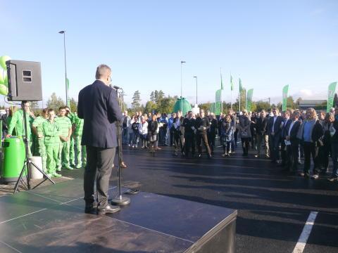 KIWI-sjef Jan Paul Bjørkøy ønsket velkommen.