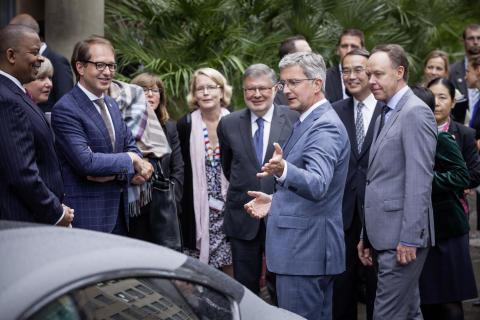 """Audi CEO Stadler møder G7 ministre: """"Kunstig intelligens kan redde liv"""""""