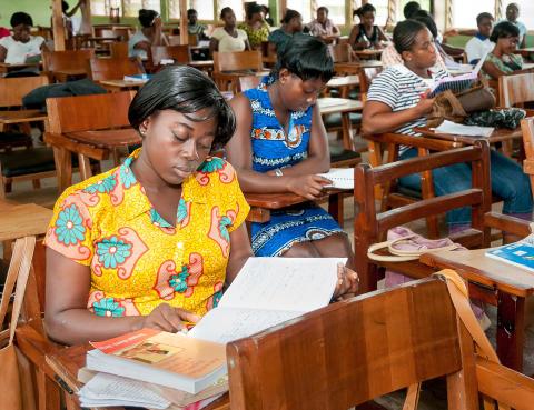 Herald Foundation från Ghana besöker Kvinnohistoriskt museum 28 april