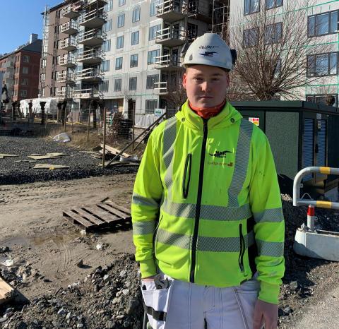 Murarlärling hos Murpoolen kvalar till Yrkes-SM i murning