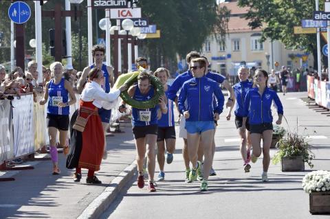 IFK Lidingö SOK tog hem mixedklassen i Vasastafetten 2015