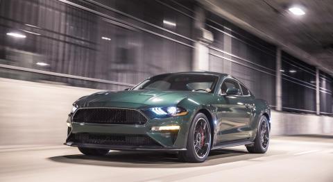 Ford løfter sløret for ny Mustang Bullitt™ og Edge ST ved NAIAS
