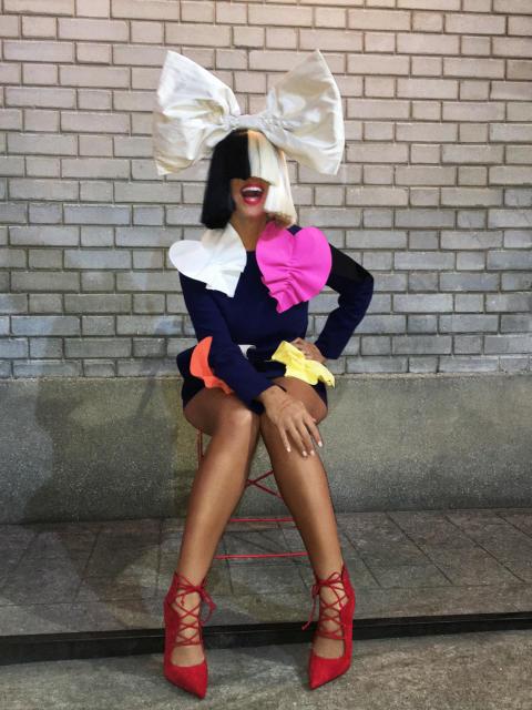 """Albumaktuella Sia släpper låten """"Unstoppable"""""""