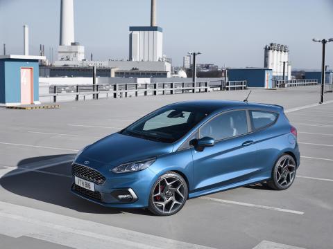 Nya Ford Fiesta ST presenteras vid internationella motormässan i Geneve