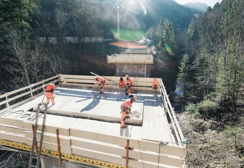 STRABAG consortium upgrading bridges along A9 motorway near Allersberg