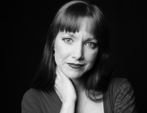 Karin Bååthe från Malmö startade gåvobutiken Skänk varannan julklapp