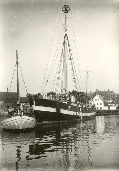 Fyrskib nr. 17
