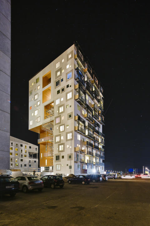 Ungdomsbolighøjhuset Aarhus Havn, Student housing tower