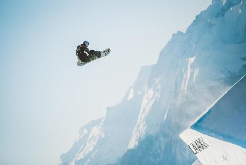 Marcus Kleveland i Laax. Foto: Process Films / Snowboardforbundet