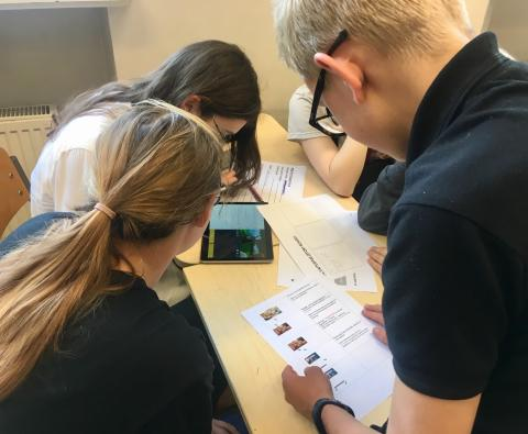 Telia bidrar til debatt om ansvarlig gaming - generasjonsgap i synet på online spill