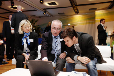 DENTSPLY Implants exhibition and hospitality lounge (2)