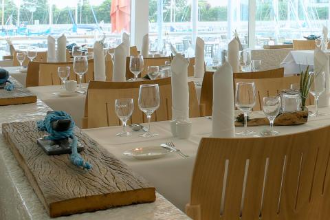 Restaurant Isfjord (2)_credit_Ingolf_Schmidt