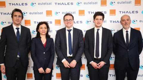 Eutelsat orders KONNECT VHTS, a new-generation satellite to deliver high-speed broadband across Europe