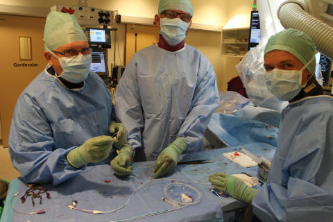 MEDTRONIC MOTTAR CE-MERKING FOR ATTAIN STABILITY™ QUAD MRI SURESCAN™ AKTIVT-FESTET HJERTELEDNING
