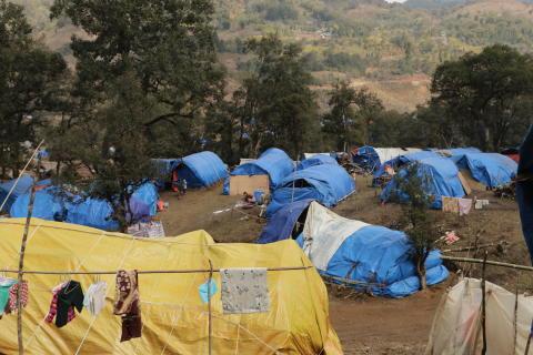 Burma: Etniska minoriteter utsätts för krigsbrott i norra delarna av landet