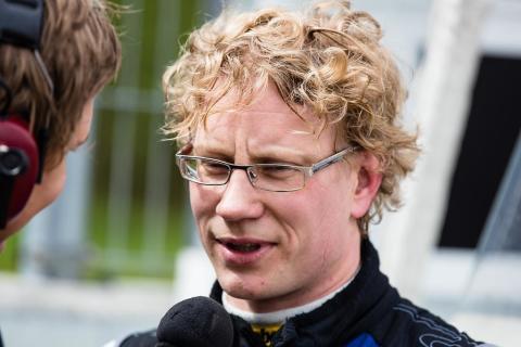 Larsson och Ekblom kvalsnabbast i STCC-premiären