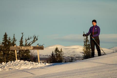 Många åkte nyöppnat längdspår på toppen av Funäsdalsberget