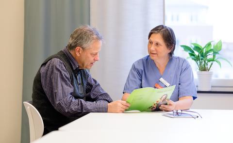 Tidig rehabilitering ska hjälpa patienter med ändtarmscancer