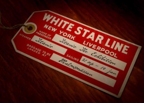 Titanic_luggage_ticket_690x495px_text