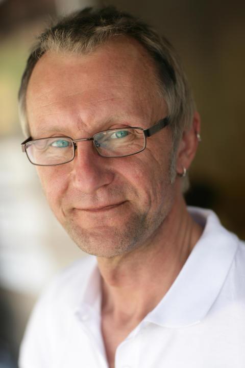Eddie Sandström, porträttbild från Mannens Bästa-turnén sommaren 2009
