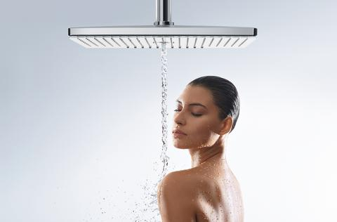 Hansgrohe_RainmakerSelect_460_overheadshower_People_Mono