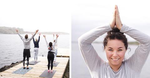 Finn balansen under en yogahelg vid havet