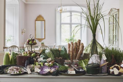 Nu lanserar Åkeshofs Slott vegofrukost – en grön hotellfrukost