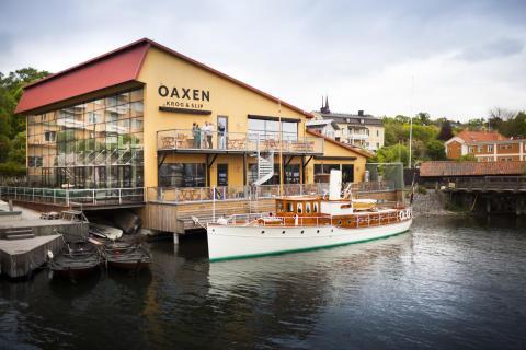 Oaxen Krog & Slip with Club Room veranda and M/Y Alba