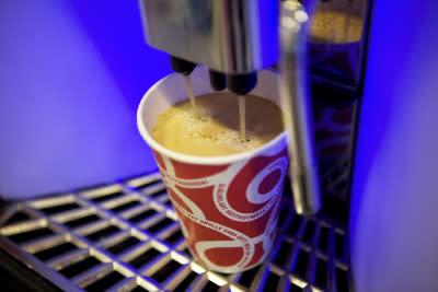 OKQ8:s kunder ger ökat stöd till världens kaffeodlare och bidrar till minskad klimatpåverkan