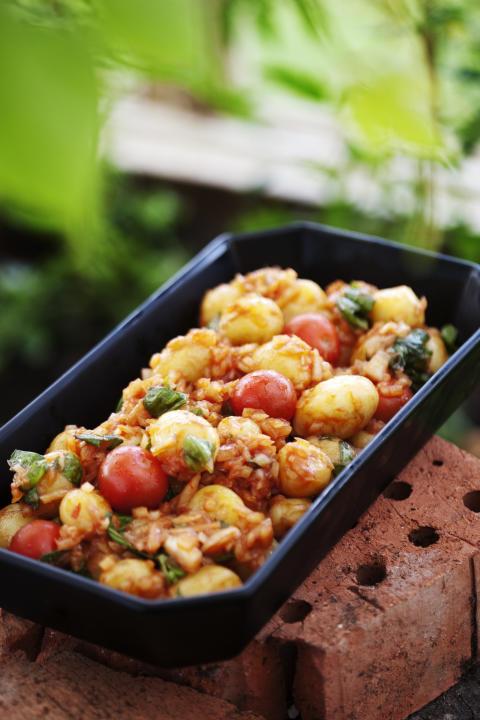 Månadens recept mars - Mustig potatis- och tomatsallad