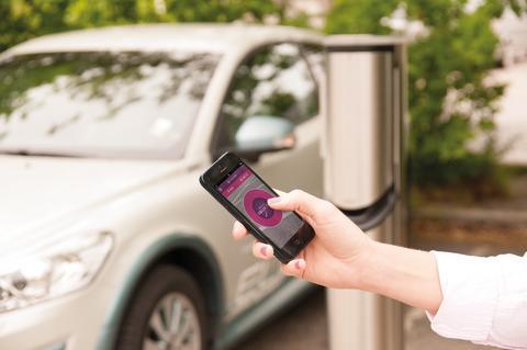 Danskerne parkerer via mobilen som aldrig før