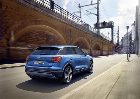Audi Q2 ara blue