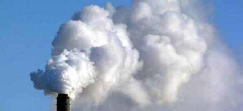 UK keeps carbon limit