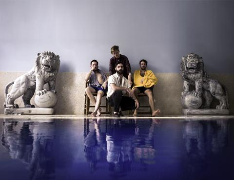 Foals (c) Warner Music