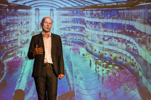 """""""Jag vill bygga en värld av hållbar skönhet"""" – Michael Pawlyn, pionjär inom biomimicry, gästade Stockholm"""