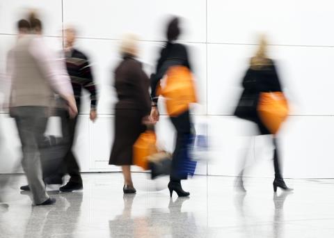 VISA-Presentkort driver trafik till Svenska köpcentrum och citykärnor