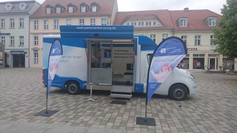 Beratungsmobil der Unabhängigen Patientenberatung kommt am 10. August nach Neuruppin.