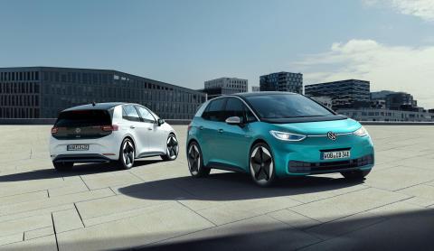 Volkswagen opjusterer markant målet for produktionen af elbiler i 2025