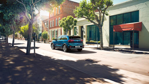 kia_pressrelease_2019_PRESS_1920x1080_HEV-rear