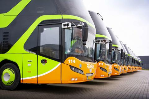 Högt tryck på julresor - FlixBus sätter in 200 extra avgångar i hela Sverige